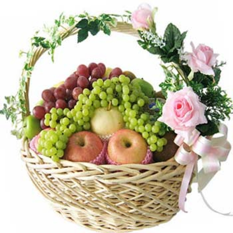 Как оформить фрукты в корзине своими руками